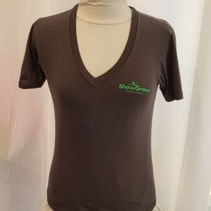 V-neck Tshirt Weed Dispensary Clinic Ladies XS